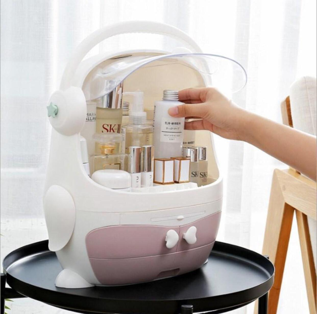 حقيبه لجميع انواع التخزين الشخصي للمكياج او ادوات االاستحمام